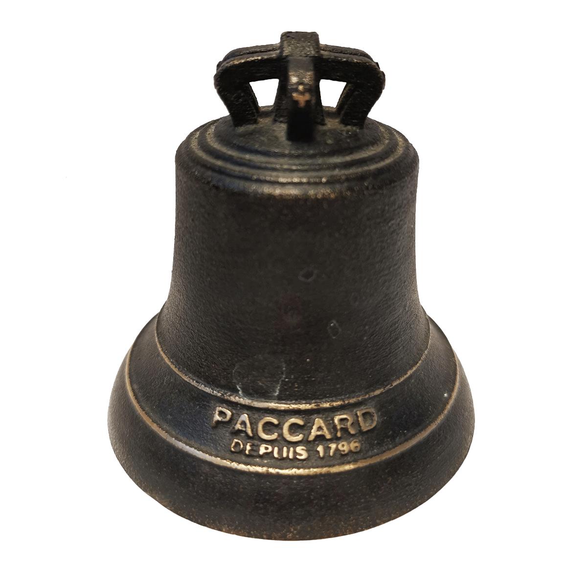 Cloche en bronze patine noir ébène